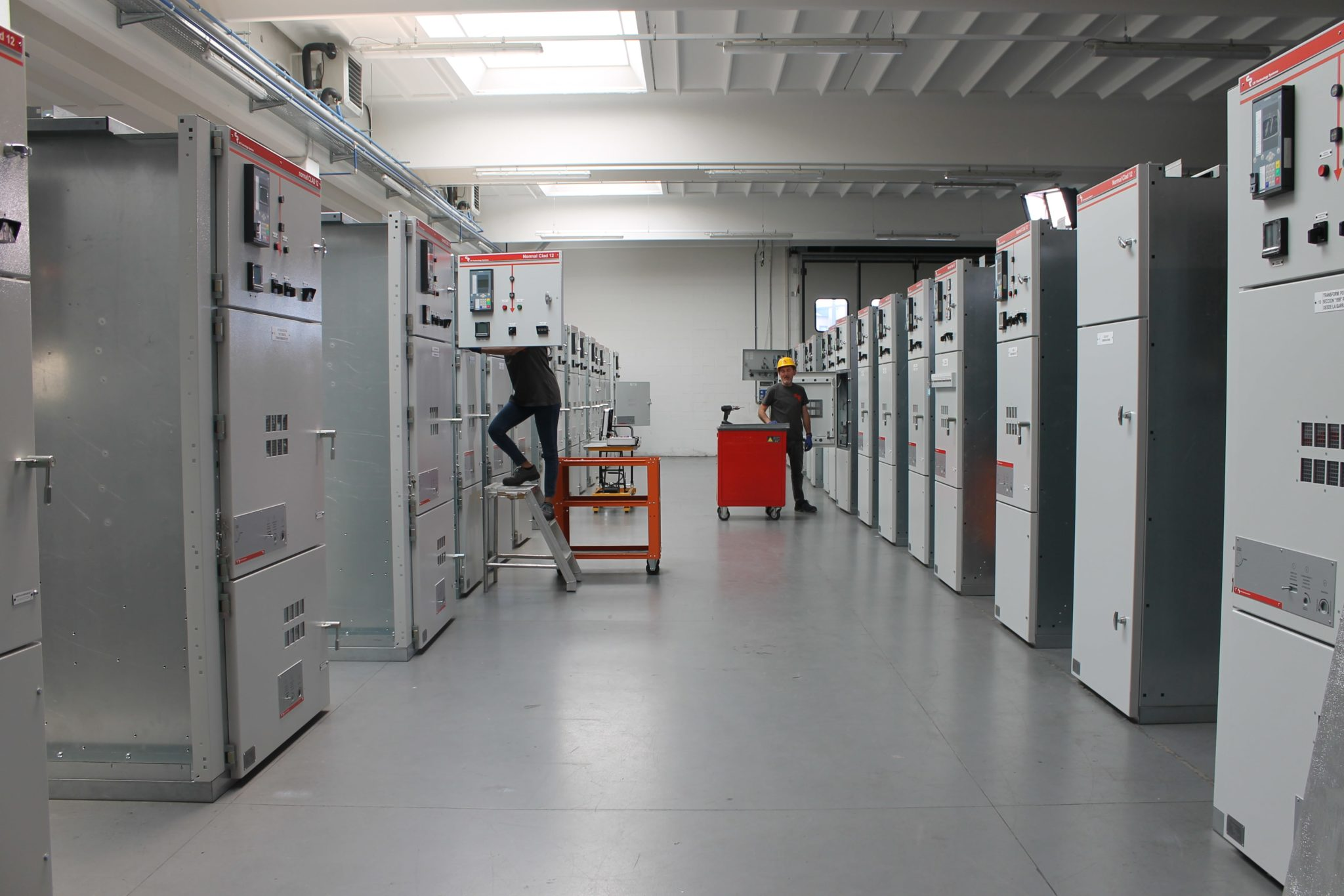 AIS MV switchgear for Cuba, Latin America