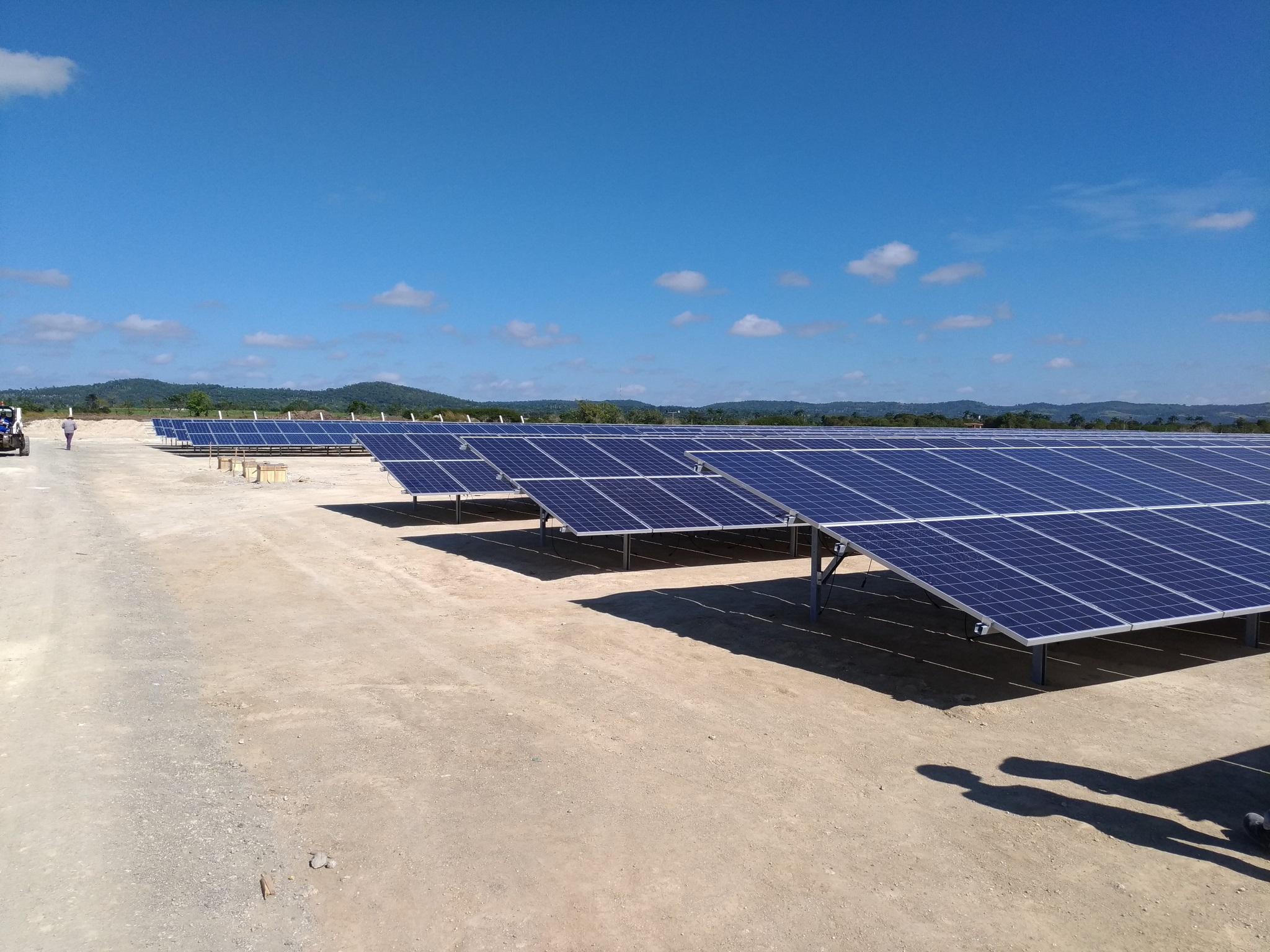 Sistemas fotovoltaicos en Camaguey, America Latino