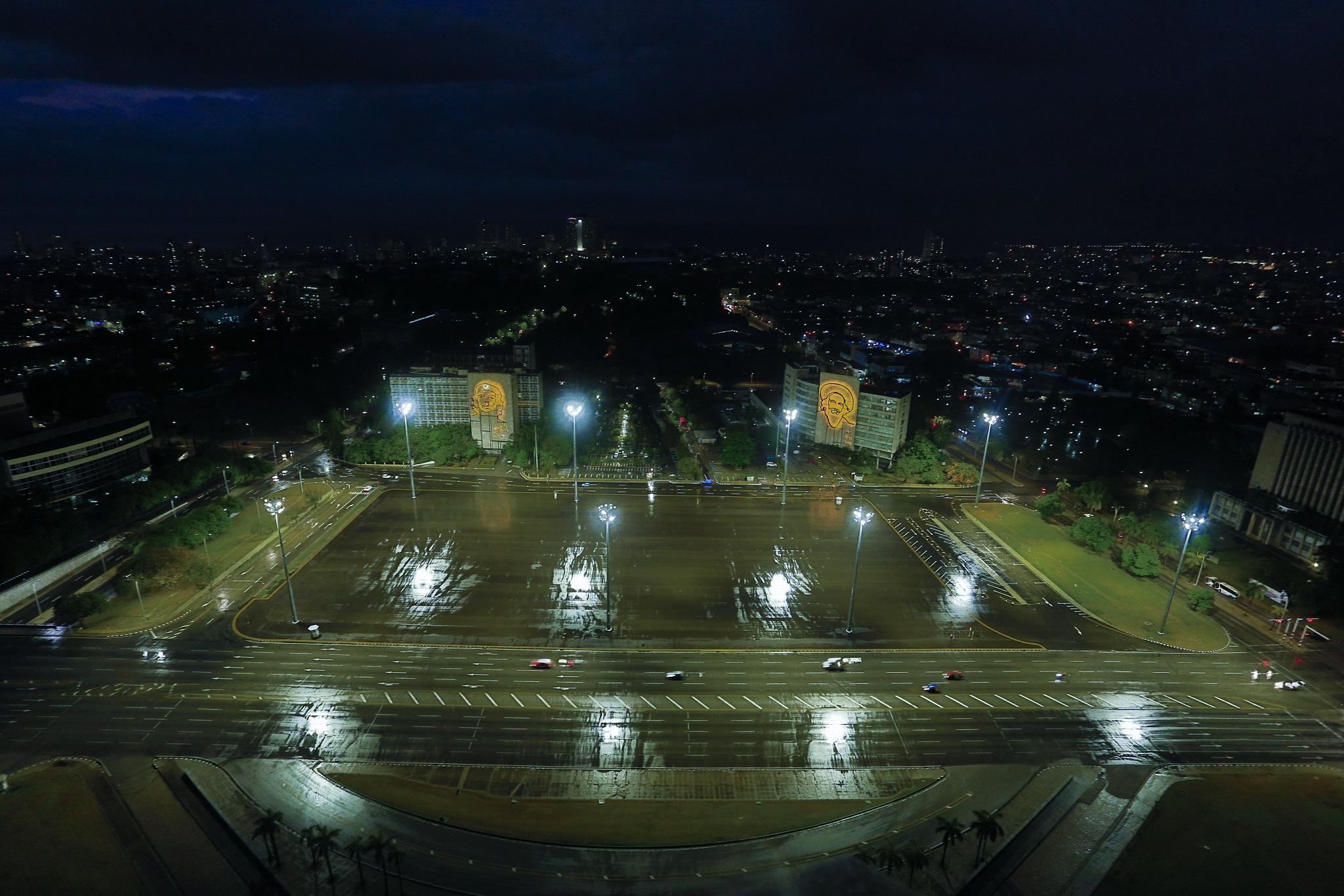 impianto di illuminazione plaza de la Revolucion a Cuba