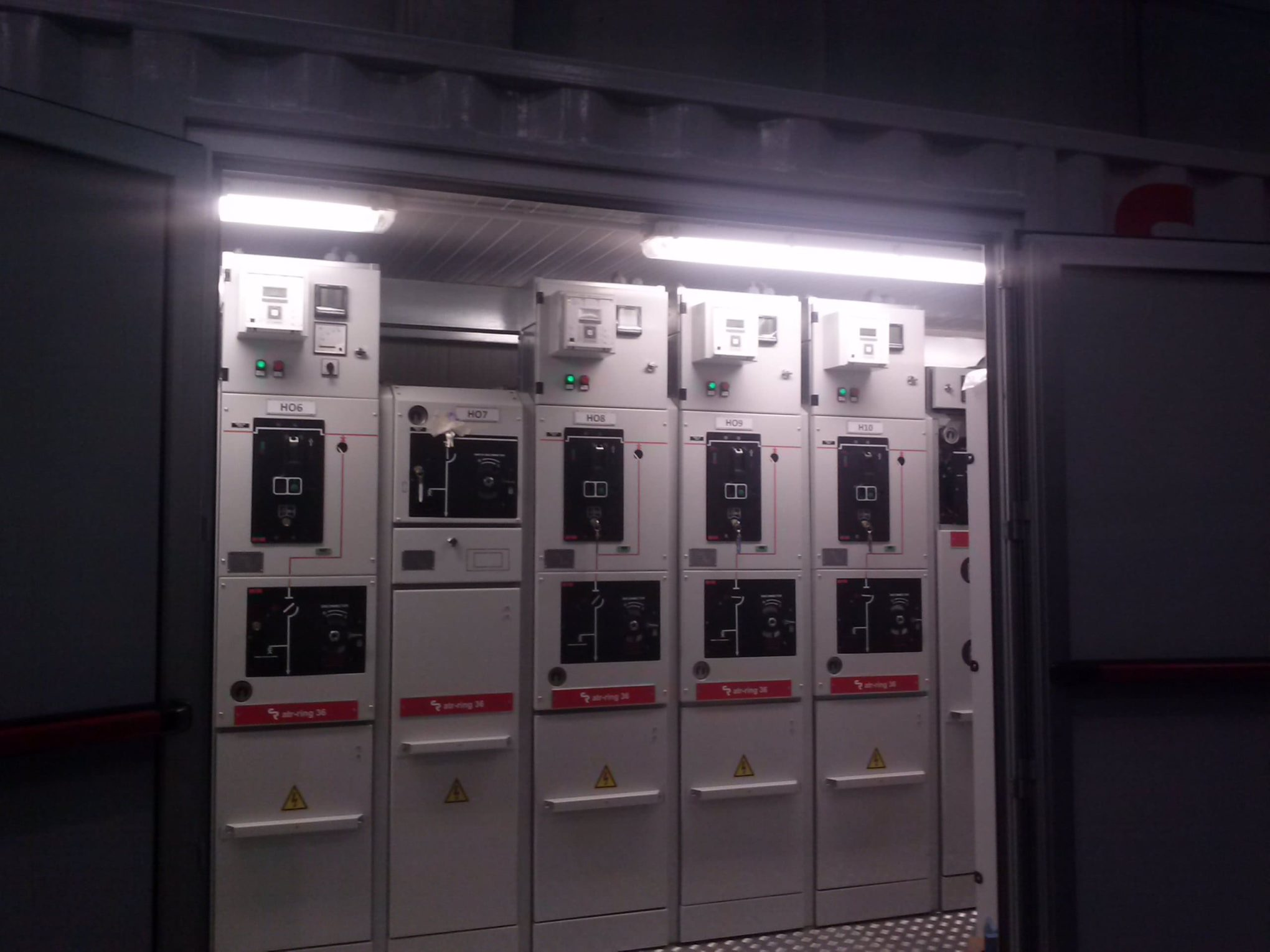 MV electrical switchgear