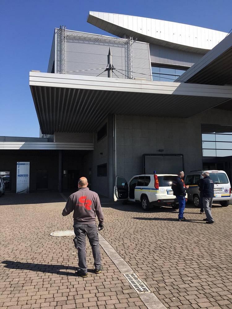 Equipo eléctrico para Hospital de campo en Italia