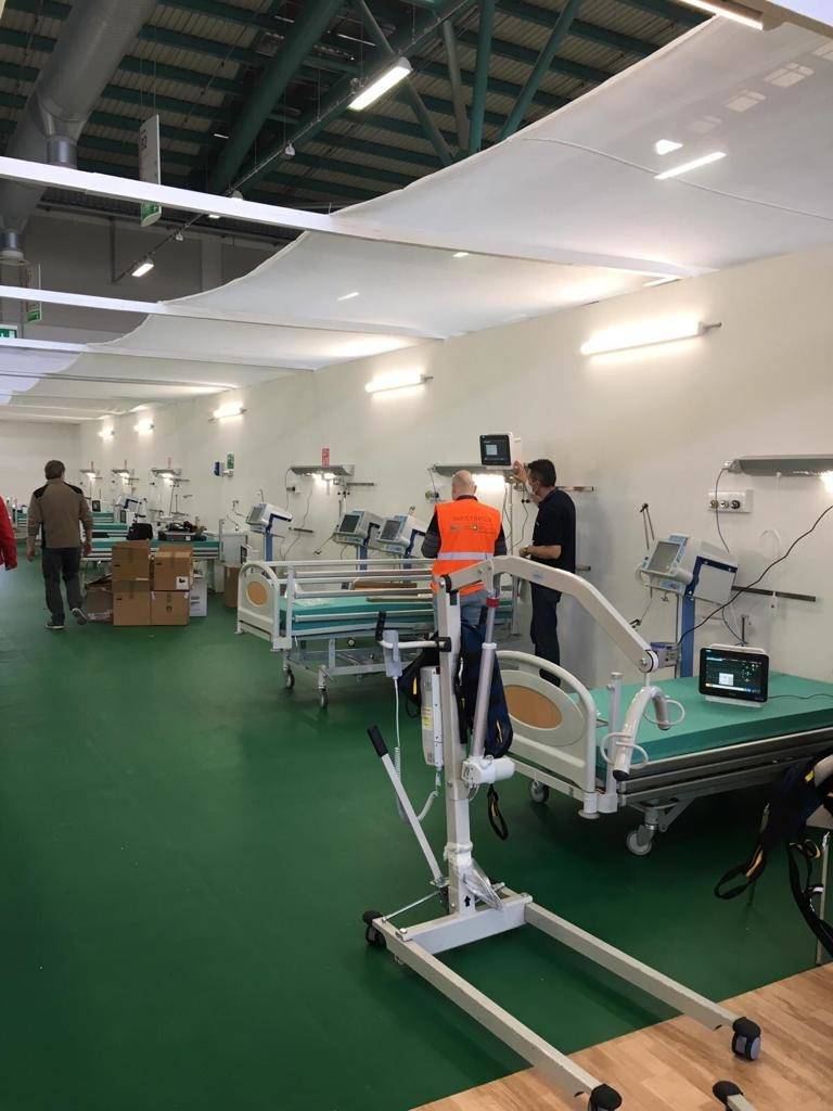 ICU and semi-intensive beds are ready host coronavirus patients at Bergamo Field Hospital