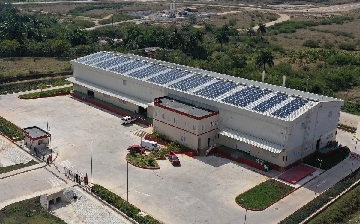 Sistema fotovoltaico de techo para torrefactora Artemisa (cuba)